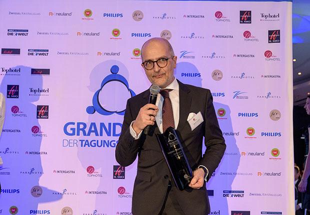 """Der Jurypreis als Tagungs-Hideaway 2018/2019 ging an das """"Gräflicher Park Grand Resort"""""""