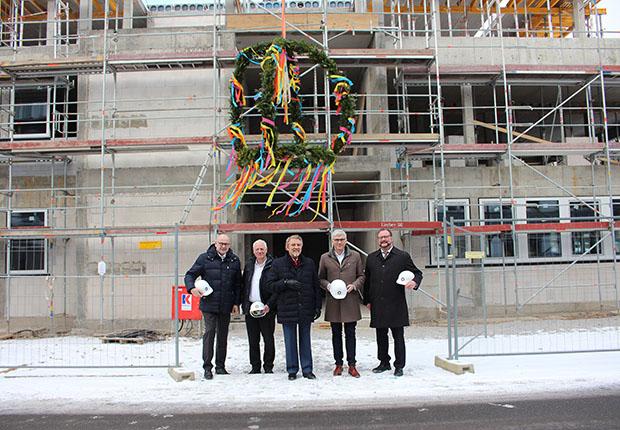 Richtfest: Gauselmann-Neubau in der Merkur-Allee