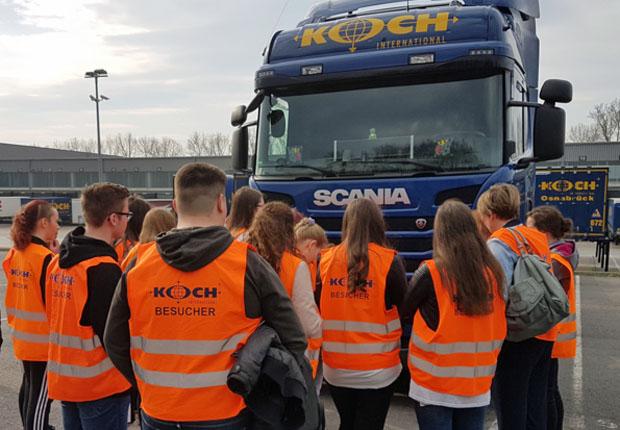 Osnabrücker Realschüler zu Gast bei Koch International
