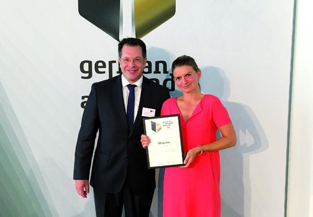 Frank Berghaus, Marketingleiter Twercs/ Vorwerk und Maria Kaufmann, Geschäftsinhaberin von Mr. GRIPS. (Foto: Mr. GRIPS)