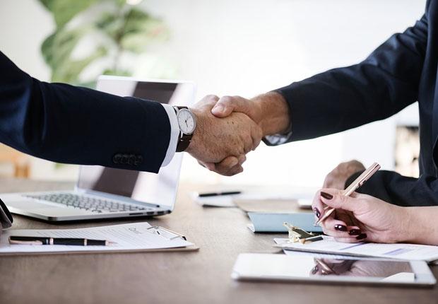 Diebold Nixdorf und Rezolve: Strategische Partnerschaft