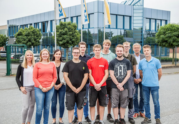 Das Familienunternehmen Kuper in Rietberg übernimmt wieder alle Azubis, die jetzt ihren Abschluss sehr erfolgreich bewältigt haben. (Foto: Kuper)