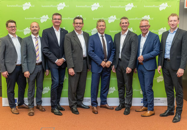 kunststoffland NRW stellt sich den Herausforderungen: