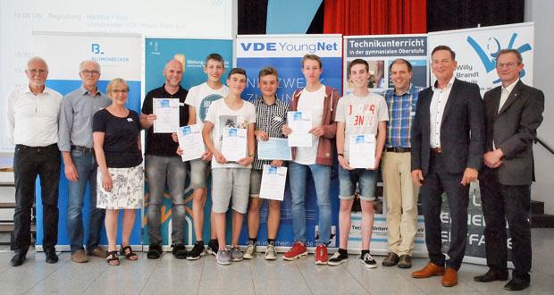 VDE Technikpreis: Blumenbecker Automatisierungstechnik sponsert Preisgeld für Siegerteam. (Foto: Blumenbecker)