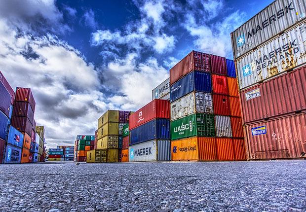 Exportgeschäft trotzt handelspolitischen Stürmen