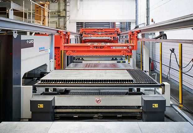 Der Laser FLEX 4.0 von Remmert ist die schnellste Lösung zur vollautomatischen Be- und Entladung von Laserschneidanlagen. (Foto: Remmert)