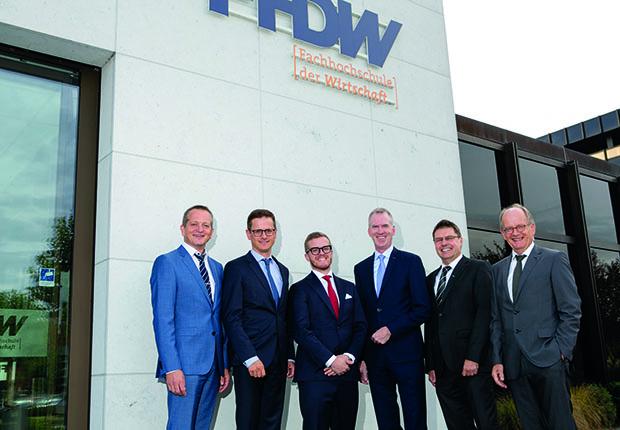 Gratulierten der FHDW zum 25-jährigen Jubiläum. (Foto: FHDW)