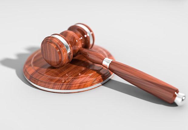 Verantwortliche sollten darauf achten, die DSGVO zu erfüllen und so erst gar keine Angriffsfläche für Abmahnanwälte zu bieten. (Bild: ) qimono/ pixabay)