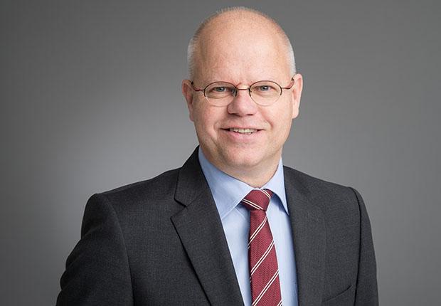 Dr. Jürgen Dillmann ist technischer Geschäftsführer bei BST eltromat