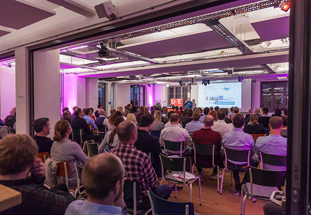 Im Social Media Marketing steckt Potenzial – Ausgebuchtes 14. Netzwerktreffen E-Commerce OWL am 10.10.2018 in Herford. (Foto: coupling media GmbH)
