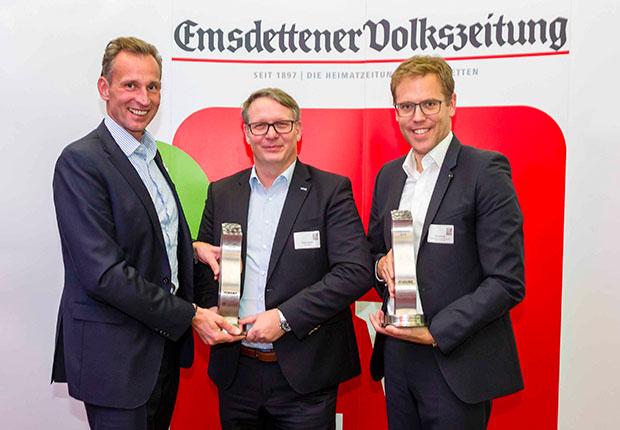 """Emsdettens Vorzeige-Unternehmen holen """"Wirtschafts-Oscar"""": Raumfabrik Münster/Osnabrück GmbH & Co. KG und wedi GmbH sind """"Emsdettener Unternehmen des Jahres 2018"""" (Foto: Bernd Oberheim/Emsdettener Volkszeitung)"""