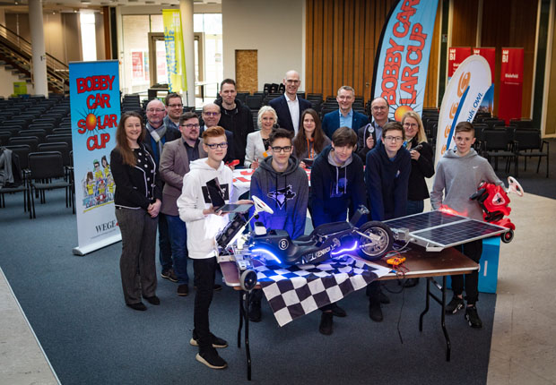 Veranstalter rufen in der WissensWerkStadt Bielefeld zur Teilnahme am Bobby Car Solar Cup 2019 auf. (Foto: Energie Impuls OWL e.V.)