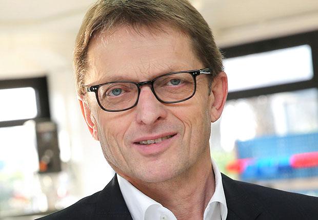 Geschäftsführer Josef Bröckling nennt Julia Linnartz und Markus Austenfeld, ebenfalls Mitglieder der Ullner u. Ullner-Geschäftsleitung, bei der Softwareeinführung als federführend. (Foto: Ullner u. Ullner)