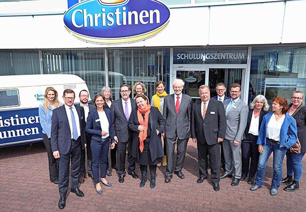 NRW-Umweltministerin Heinen-Esser zu Gast bei Christinen