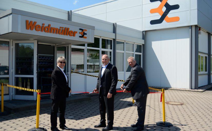 Weidmüller Produktionshalle am Standort in Thüringen