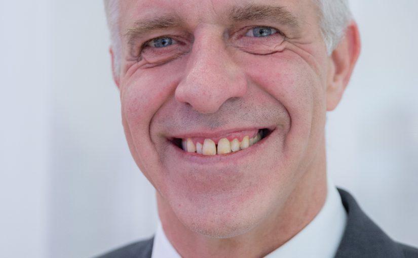 Vorstand Uwe Gräff verlässt die HARTING Technologiegruppe