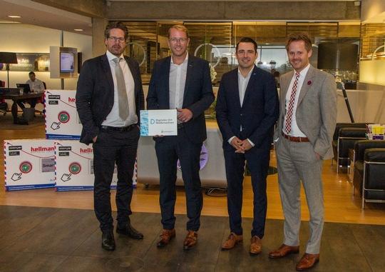 """Hellmann Worldwide Logistics erhält vom Land die Auszeichnung """"Digitaler Ort Niedersachsen"""" Hannover"""