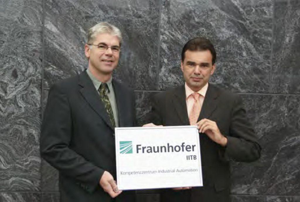 v.l.: Prof. Jürgen Beyerer (Leiter Fraunhofer IOSB) und Prof. Jürgen Jasperneite (Leiter Fraunhofer IOSB-INA)