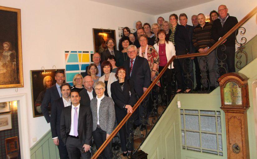 40 Mitarbeiter von Familie Graf von Oeynhausen-Sierstorpff geehrt