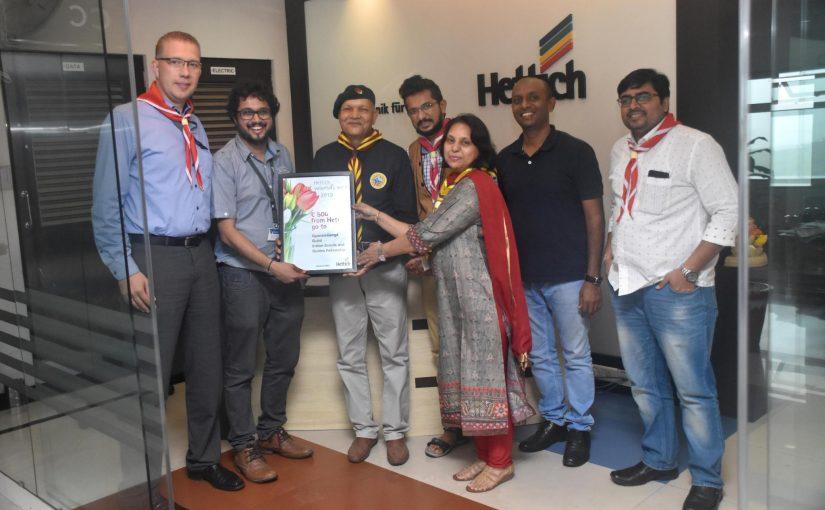 Prashant Bhosale (2. v.l.) aus Indien engagiert sich in der Organisation Gyanam Ganga für sehbehinderte und blinde Menschen. Foto: Hettich