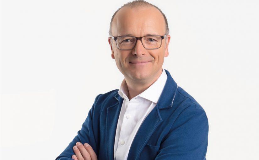 Meteorologe und TV-Moderator Karsten Schwanke - Bild: FotoSeven