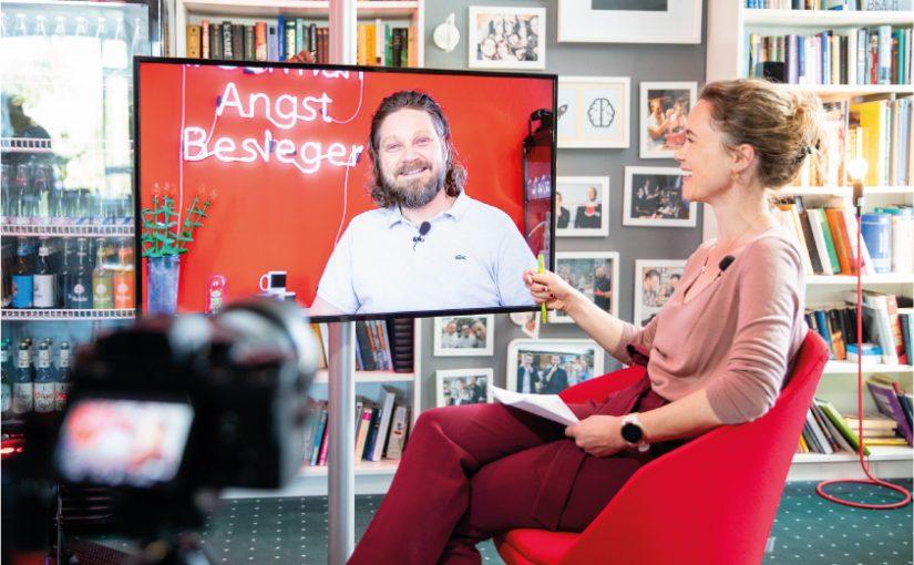 Jule Ures, Moderatorin ausPaderborn, moderierte den TMC Live Talk - Foto: TMC – The Marketing Company