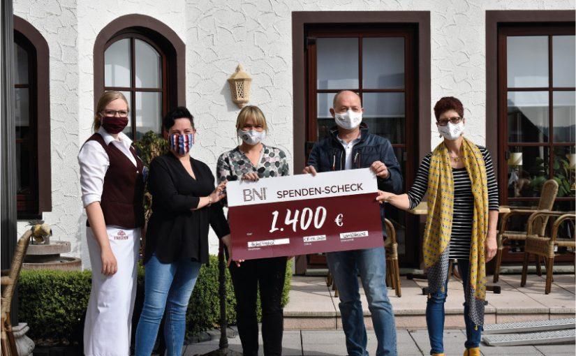"""Herforder Unternehmer spenden für Tagungshotel """"Freihof"""""""