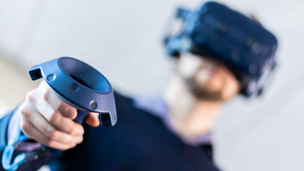"""""""Virtual Reality in die Anwendung bringen und Menschen befähigen, im virtuellen Raum zu arbeiten – das ist die Vision von Halocline."""" Bildquelle: Halocline"""