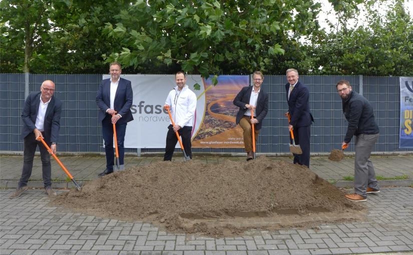 Bau von fast 10.000 Glasfaseranschlüssen in Emsdetten gestartet
