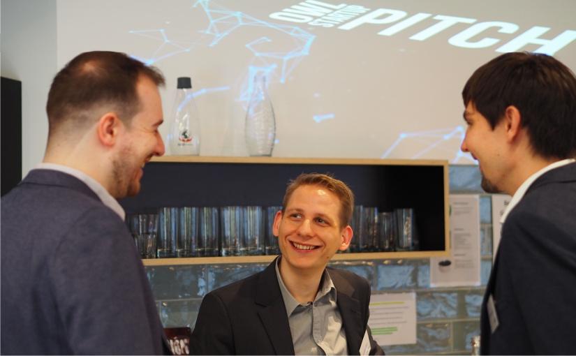 """Beim """"OWL Start-up Pitch 2019"""" präsentierte sich u. a. das Team von """"CodeShield"""" – eine erfolgreiche Ausgründung der Universität Paderborn und des Fraunhofer Instituts für Entwurfstechnik Mechatronik (IEM). Das Unternehmen beschäftigt sich mit Sicherheitslücken in Software. - Foto: TecUP"""