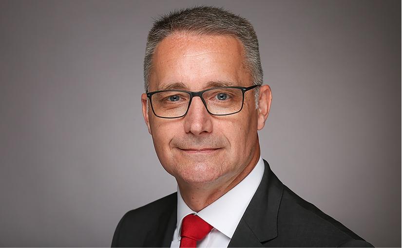 """Herr Dr.-Ing. Kurt D. Bettenhausen hat zum 1. September 2020 seine Tätigkeit als neuer Vorstand """"Neue Technologien und Entwicklung"""" bei der HARTING Technologiegruppe aufgenommen. - Foto: HARTING"""
