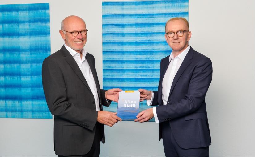 technotrans: 50-jähriges Jubiläum. Neues Buch erzählt Geschichte
