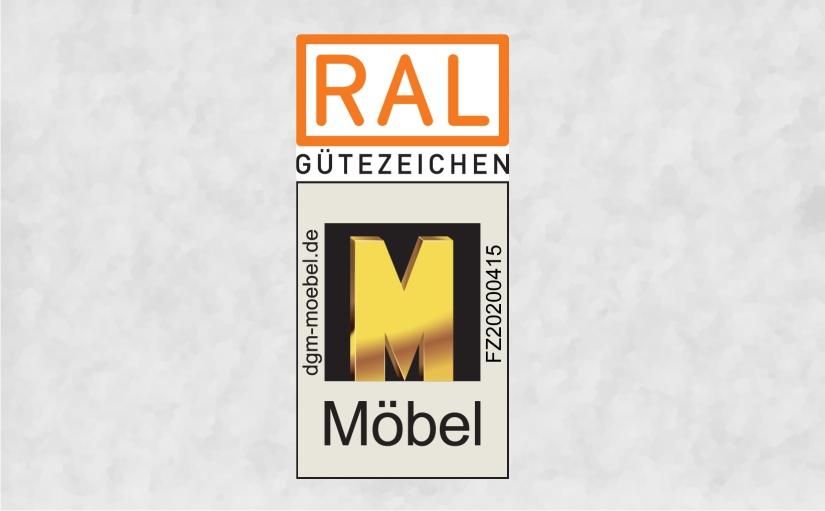 """Das """"Goldene M"""" der emstex GmbH. Grafik: DGM"""