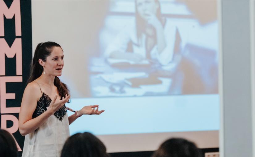 Sonja O'Reilly will mit #SheDoesFuture für junge Mädchen online einen Ort für Information, Austausch und Vernetzung schaffen. - ©Jacqueline Nolting - www.jacqueline-nolting.de