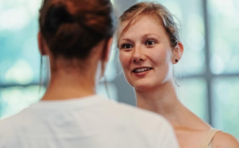 Linn Kaßner-Dingersen plant mit dem Online-Angabot von #SheDoesFuture den ersten Onlinespace Deutschlands für Girls Empowerment. - ©Jacqueline Nolting - www.jacqueline-nolting.de