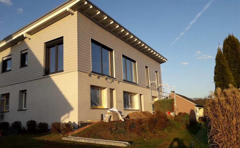 Haus nach der Aufstockung mit Holz-Bau. - Foto: Kaiser-Haus