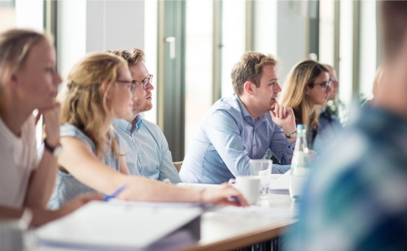 Uni Münster: Weiterbildung für berufstätige Juristen und Ökonomen