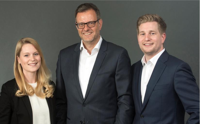 Der Meyer & Meyer-Vorstand: v.l.n.r. Theresa Meyer (CTO), Peter Schnitzler (CFO), Maximilian Meyer (CEO & Vorstandsvorsitzender). - Foto: Meyer & Meyer