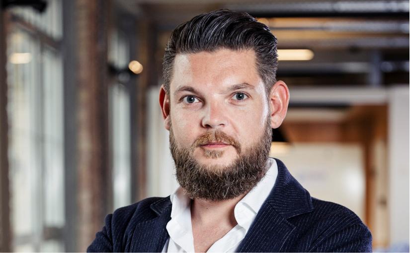 Managing Partner Matthias Friese lenkt die Geschicke des Company Builders XPRESS Ventures gemeinsam mit seinem sechsköpfigen Team. (Foto: Fiege)