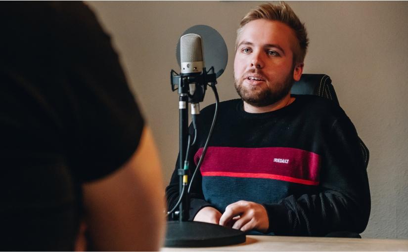 Zwei junge Unternehmer berichten im Youngstarts-Podcast über Nachfolge