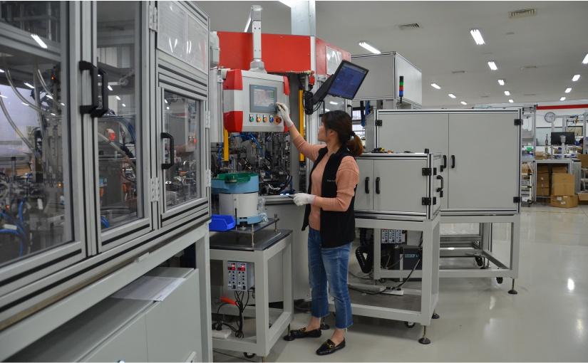 An der Anlage kommen viele von BERNSTEINs eigenen Lösungen zum Einsatz. So zum Beispiel Gehäuselösungen zum Bedienen und Beobachten oder Sicherheitstechnik zur Türüberwachung. - Foto: BERNSTEIN