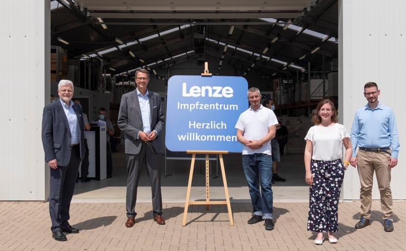 Lenze-Impfzentrum geht an den Start und impft Mitarbeiter gegen Corona