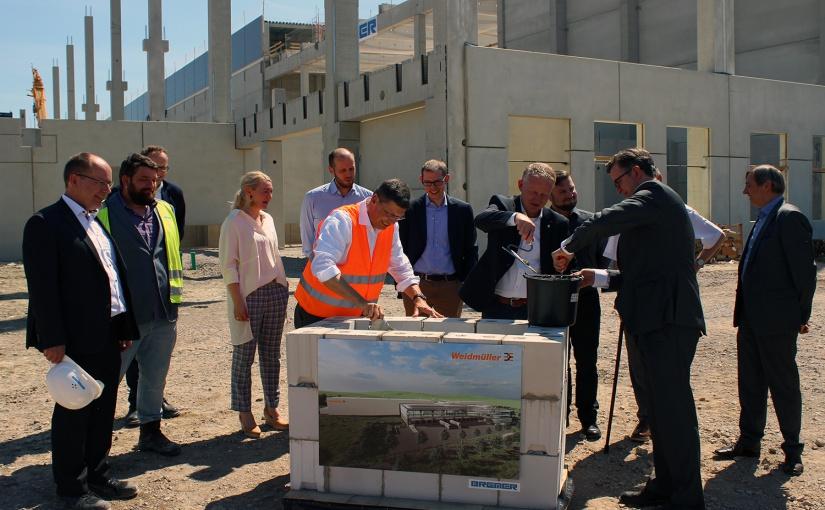 Logistikzentrum: Weidmüller legt Grundstein für weiteres Wachstum