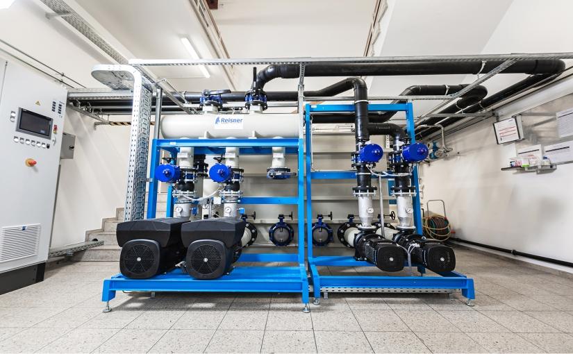 Insgesamt bietet die neue Anlage eine Rückkühlleistung von bis zu 500 kW und sorgt bei bis zu 35 Grad Celsius Außentemperatur zuverlässig für die gewünschte Prozesstemperatur. - Foto: technotrans