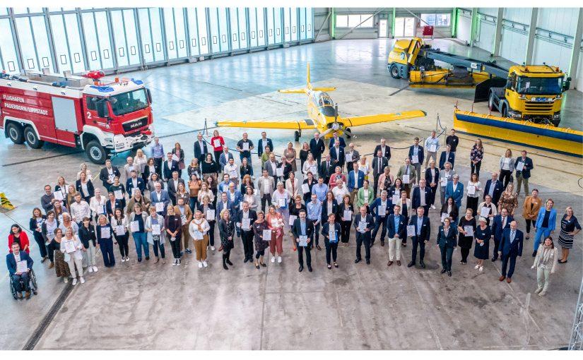74 Unternehmen im Kreis Paderborn wurden für ihr Familienfreundliches Engagement ausgezeichnet