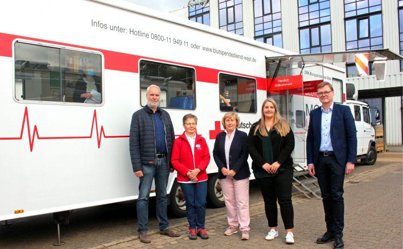 150 Mitarbeiter spenden insgesamt 40 Liter Blut